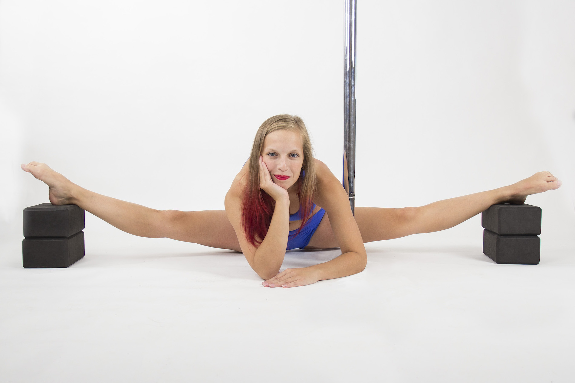 Flexi stretching dance